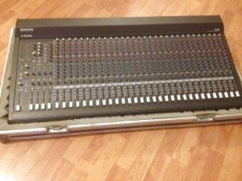 mezcladora mackie 32 canales de segunda mano